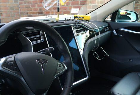 """""""Störsender"""" – Tesla Model S reagiert nicht mehr auf FOB"""