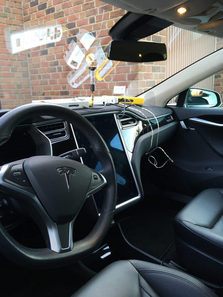 HF-Messung im Tesla Model S