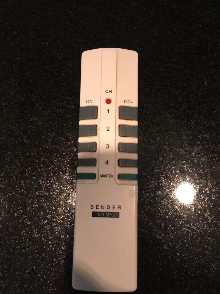433 MHz Sender deaktiviert Auto-Fernbedienung